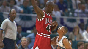 Michael-Jordan-vs-Muggsy-Bogues